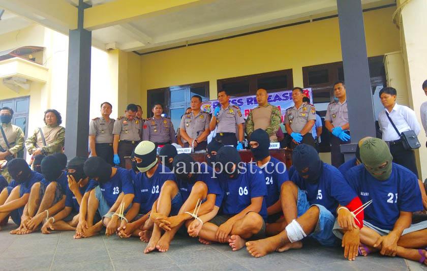 LAMPUNG POST | Operasi Sikat Krakatau II, Polres Lampura Amankan 32 Tersangka