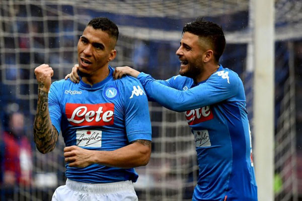 LAMPUNG POST | Gol Tunggal Allan Bawa Napoli Amankan Posisi Puncak