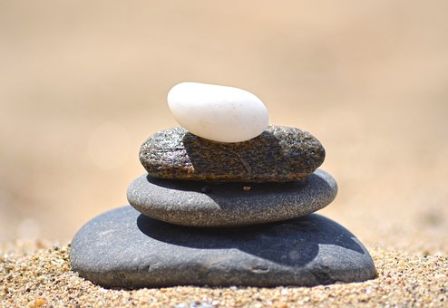 LAMPUNG POST | Filosofi Batu dan Pasir