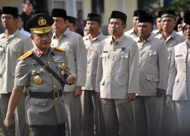 LAMPUNG POST | Kapolri Bangga TNI Makin Solid