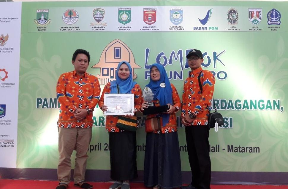 LAMPUNG POST | Lambar juara 3 Pameran Produk Unggulan di Lombok Expo