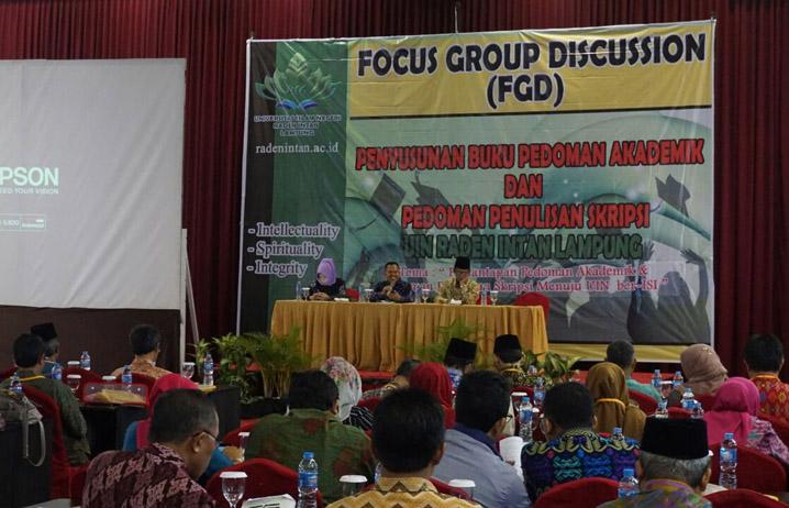 LAMPUNG POST | UIN Gelar FGD Pedoman Akademik dan Penulisan Skripsi