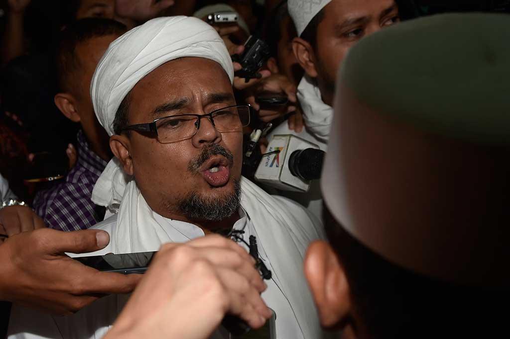 LAMPUNG POST | Rizieq Shihab Batal Pulang