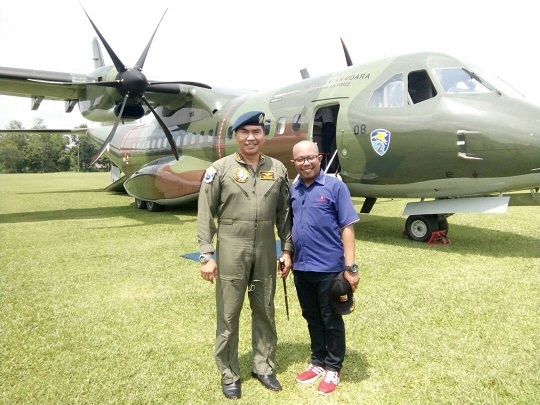 LAMPUNG POST | Pesawat Tempur Berbagai Jenis Mengudara di Lanud Pangeran M Bunyamin