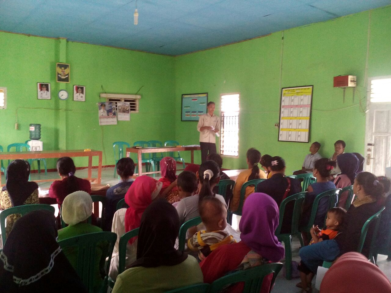 LAMPUNG POST | Desa Rejomulyo Terima Program PKH