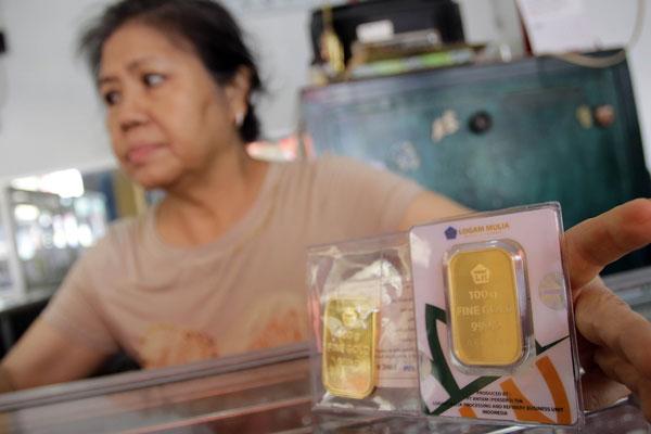 LAMPUNG POST | Beli Emas Saat Harga Turun