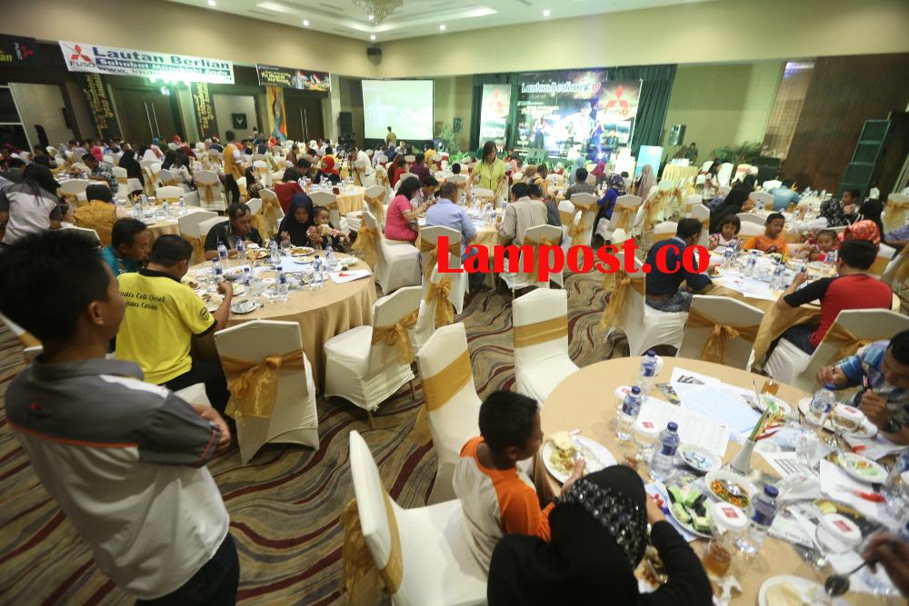 LAMPUNG POST | PT Lautan Berlian Gelar Gathering Rayakan Penjualan Fuso Tertinggi Nasional
