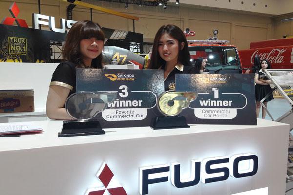 LAMPUNG POST | Mitsubishi Fuso Raih Booth Terbaik dan Truk Favorit di GIIAS