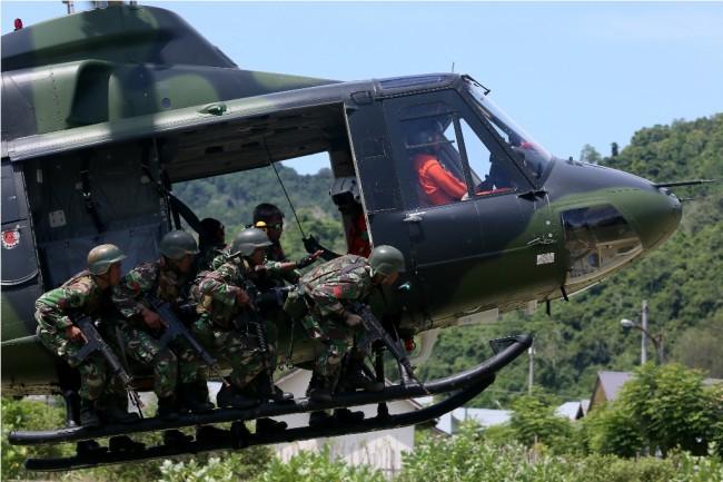 LAMPUNG POST | Jokowi Diultimatum Jaga TNI dari Politik Praktis
