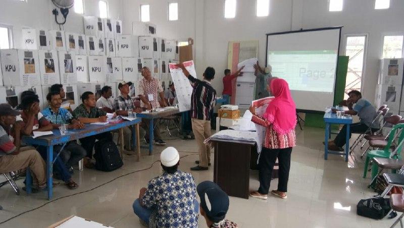 Caleg Kabupaten Lampung Selatan Protes Minta Pemungutan Suara Ulang