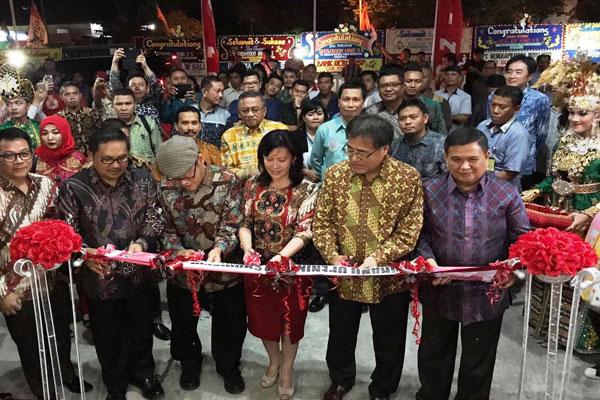 LAMPUNG POST | Hino Tingkatkan Fasilitas Diler di Gorontalo