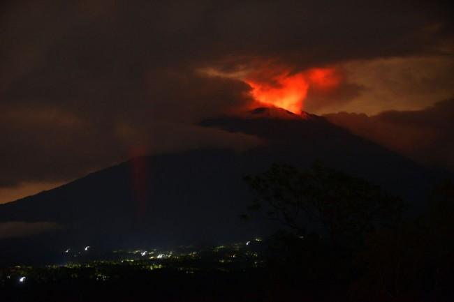 Bali Democracy Forum Dipindah ke Banten akibat Erupsi Gunung Agung