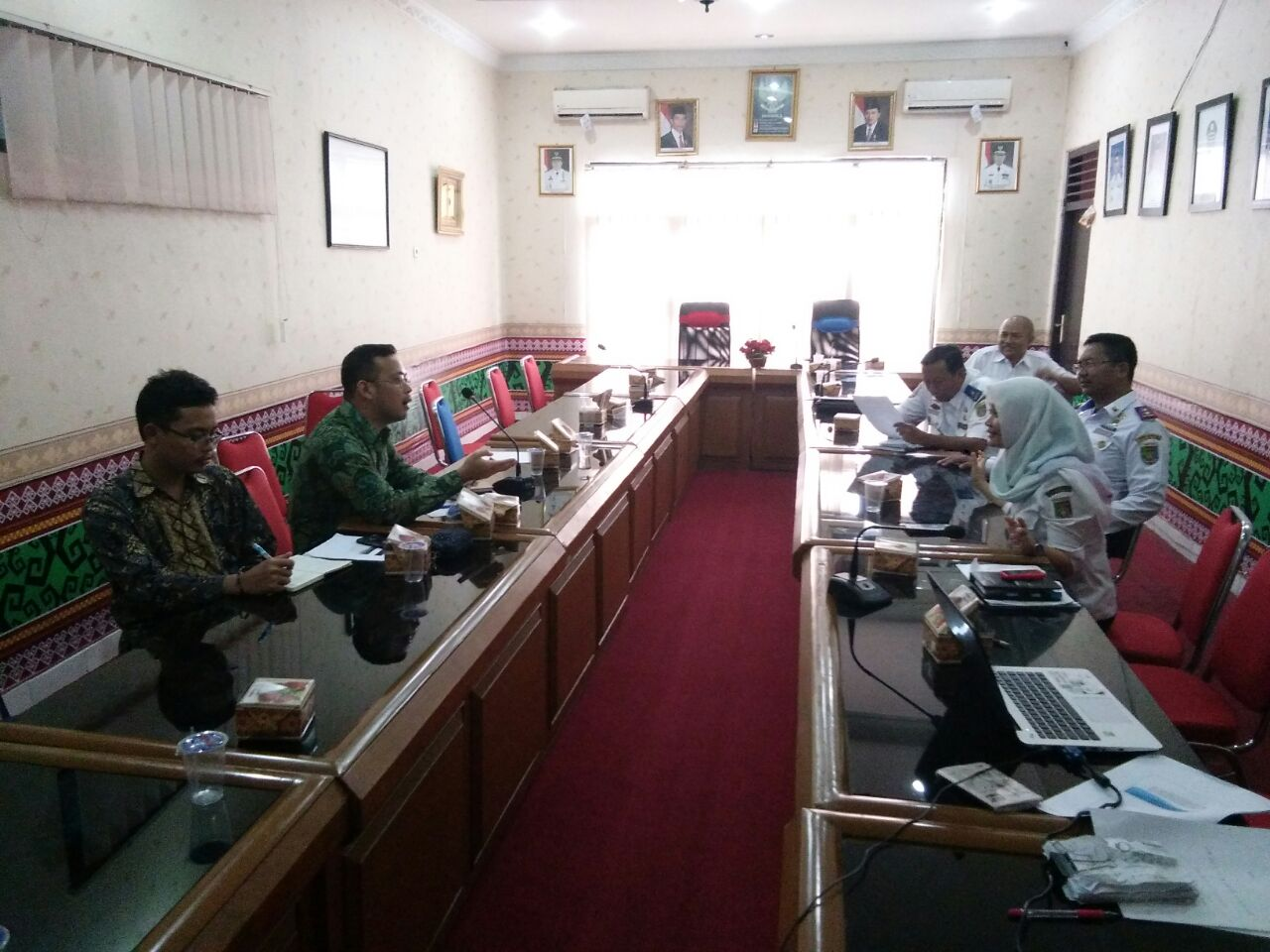 LAMPUNG POST   Taksi Online Bandar Lampung Dibatasi 2.000 Unit