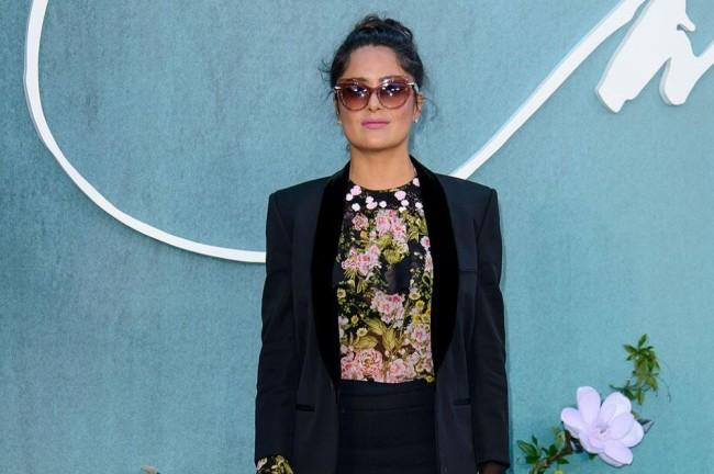 Baru Ungkap Skandal Harvey, Salma Hayek Disemprot Penelope Cruz
