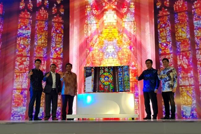 LAMPUNG POST | Resmi Masuk Indonesia, Ini Harga Samsung QLED TV