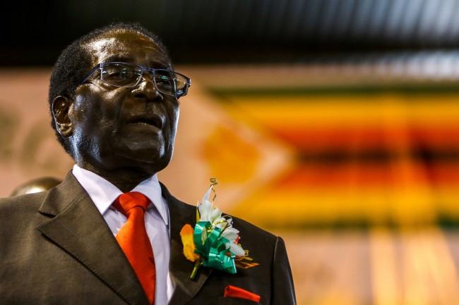 LAMPUNG POST | Mugabe Akhirnya Mundur sebagai Presiden Zimbabwe