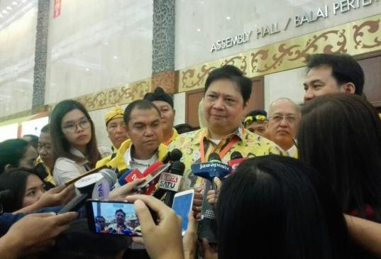 LAMPUNG POST | Airlangga Bantah Bakal Depak Loyalis Setya Novanto