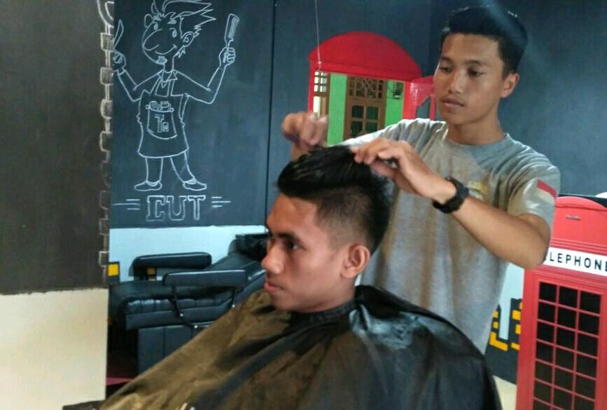 LAMPUNG POST | Mistercut Barbershop1 Bisa Bikin Trendi Gaya Rambut