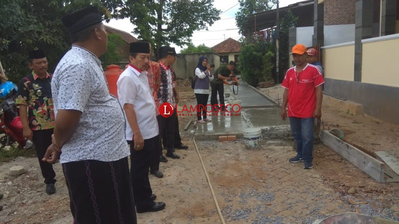 Cek Dana Kelurahan, Wali Kota Minta Warga Dilibatkan