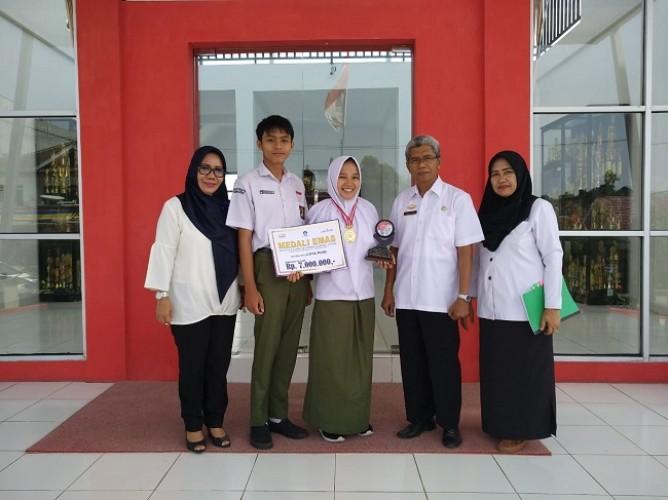 Cerita Siswa SMAN 1 Bandar Lampung Peraih Emas Pada FL2SN di Aceh