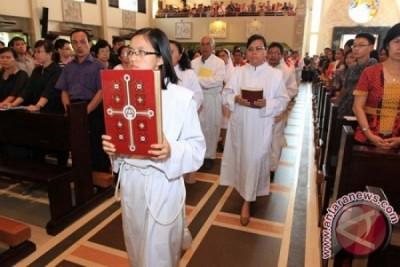 LAMPUNG POST | Misa Kenaikan Isa AlmMasih Berlangsung Khidmat