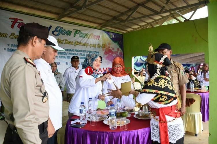 Chusnunia Buka Secara Resmi Festival Goa Pandan