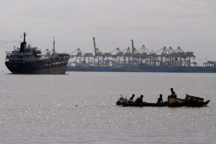 Cuaca Pelabuhan Laut Lampung Aman Bagi Pengguna Jasa Transportasi dan Nelayan