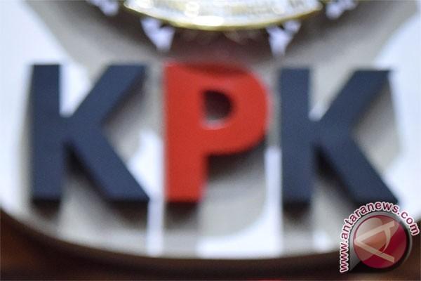 KPK Tangkap Wali Kota Batu, Dibawa Ke Mapolda Jatim