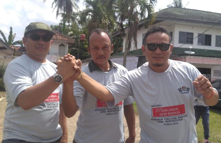 LAMPUNG POST | Kuda Lumping dan Pencak Silat Tandai Kesiapan KPU Tubaba Songsong Pemilu 2019