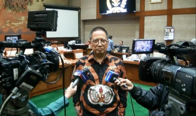 LAMPUNG POST | Komisi VI Tetapkan 9 Nama Calon Komisioner KPPU