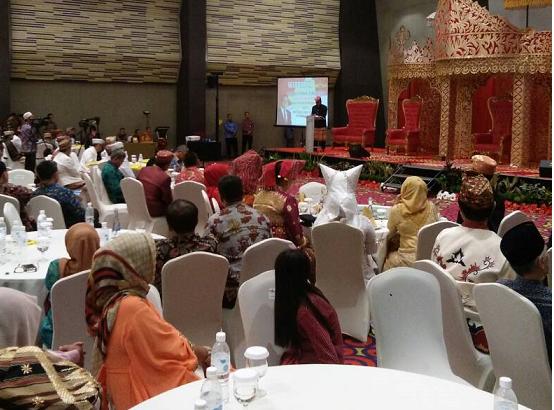 LAMPUNG POST | Menhan Silaturahmi dengan 62 Marga se-Lampung