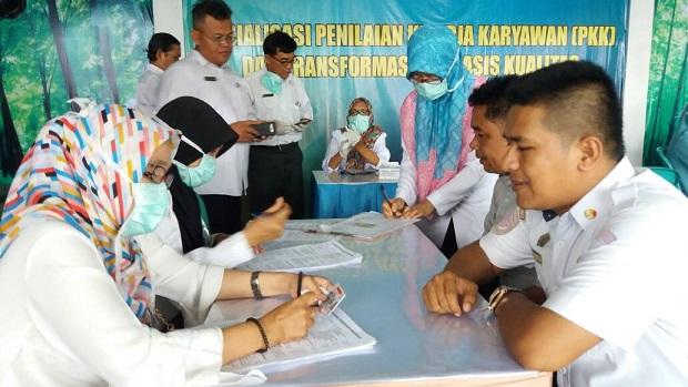 LAMPUNG POST | Sopir Bus di Bandar Lampung Jalani Tes Kesehatan