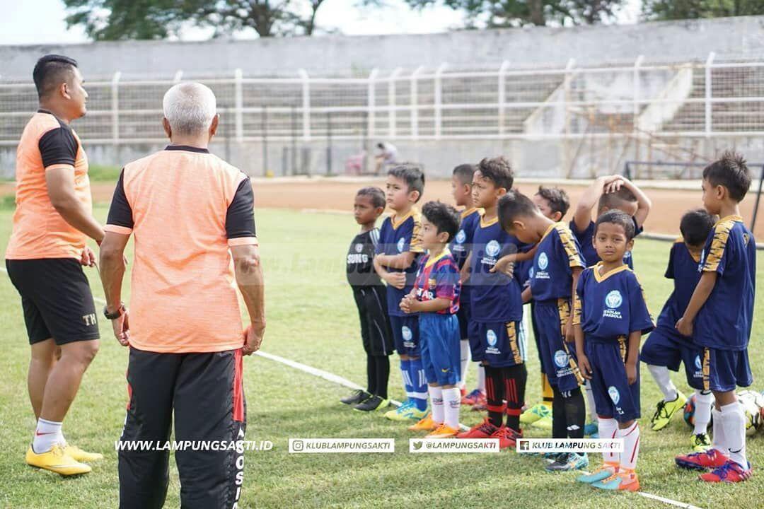 LAMPUNG POST | Tim Pelatih SSB Lampung Sakti Fokuskan Tiga Poin Penting