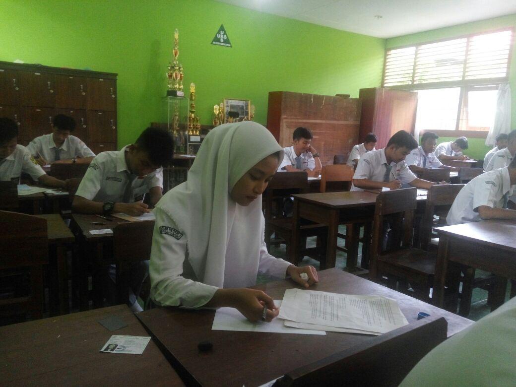 LAMPUNG POST | Hari Ini Siswa SMK Se-Bandar Lampung Ikuti USBN