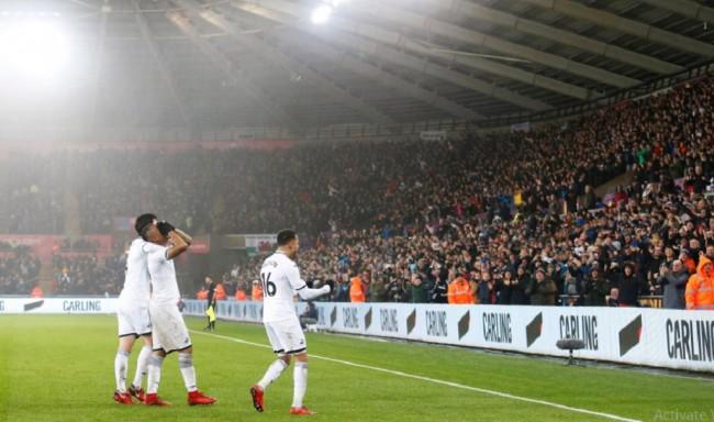 Kejutan, Swansea Taklukkan Arsenal 3-1