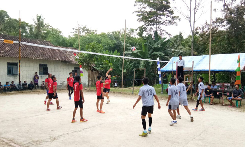 LAMPUNG POST | 18 Klub Voli Ikuti Turnamen Wahana Wira Bhakti Cup 2017