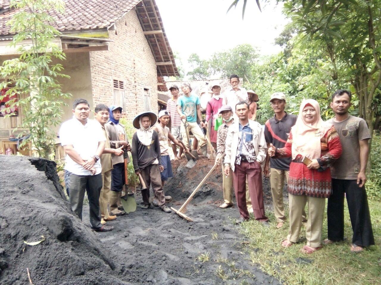 Kelompok Tani Sedio Makmur Belajar Membuat Pupuk Organik