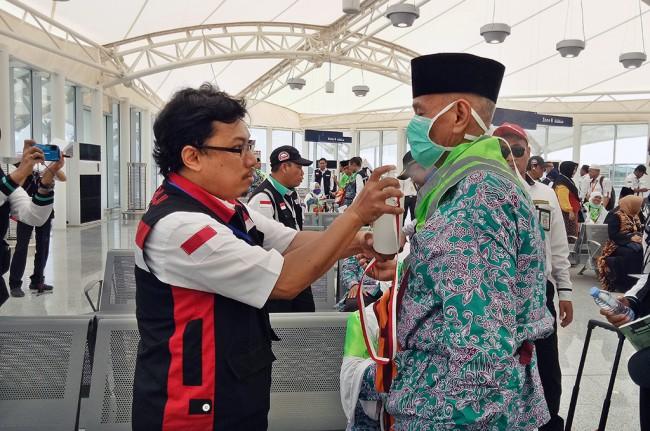 LAMPUNG POST | 91 Jemaah Calon Haji Embarkasi Medan Gagal Berangkat