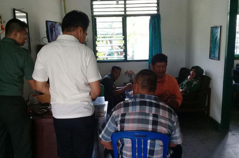 LAMPUNG POST | Gapoktan Laporkan Dugaan Keterlibatan Oknum TNI dalam Kasus Illegal Logging