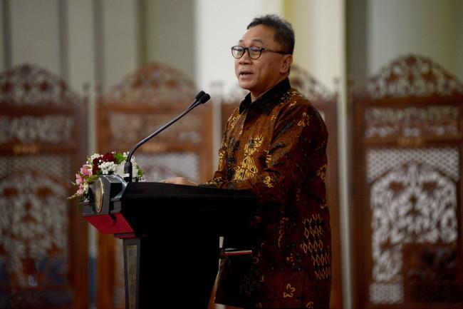 LAMPUNG POST | Ketua DPR Sebut Zulkifli Hasan Salah Ucap soal LGBT