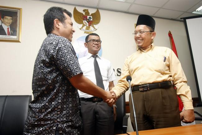 LAMPUNG POST | Alfian Tanjung Divonis 2 Tahun Penjara