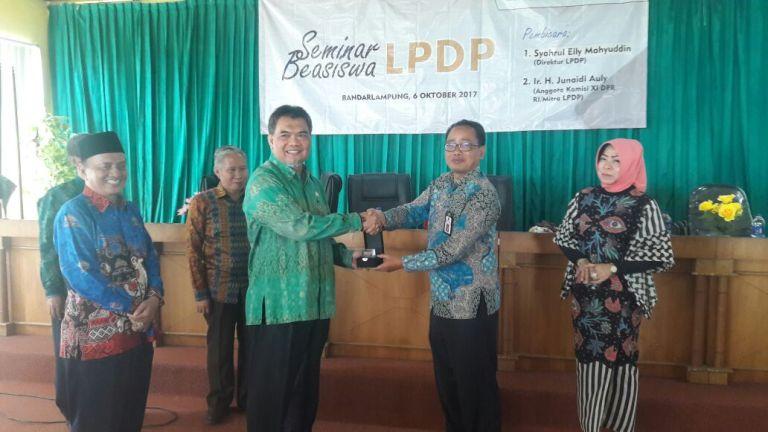 LAMPUNG POST | Akses Informasi dan Penerima Beasiswa LPDP Harus Merata