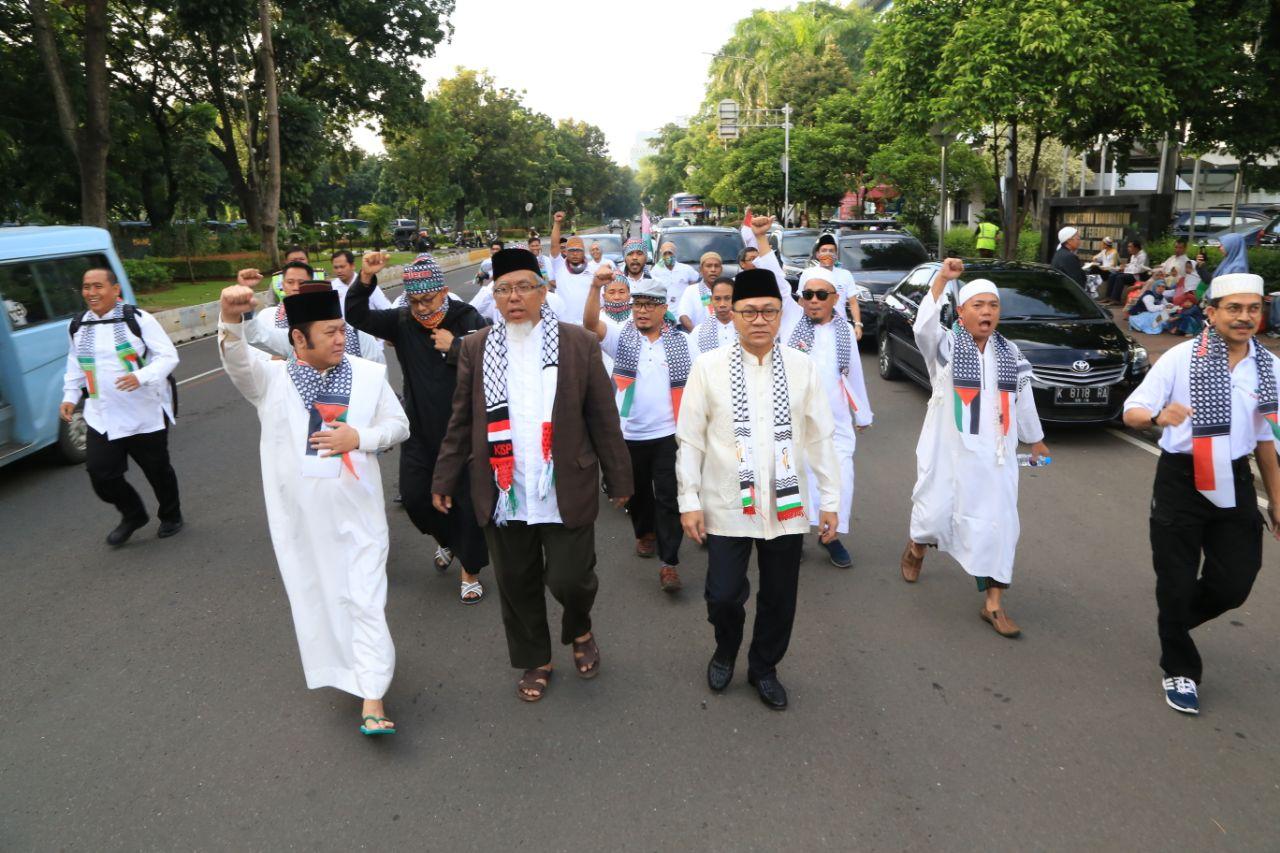 LAMPUNG POST | Bupati Lampung Selatan Turut Aksi Bela Palestina