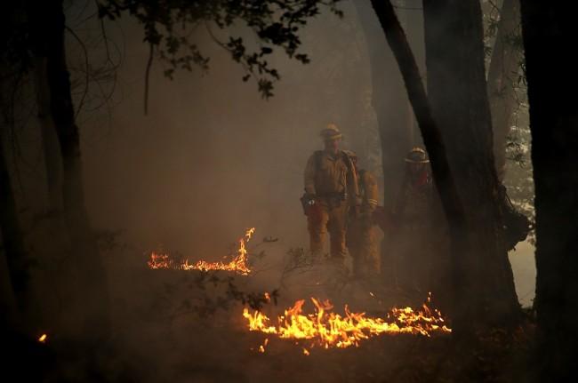 LAMPUNG POST | Korban Tewas Kebakaran California Melonjak Jadi 31 Orang