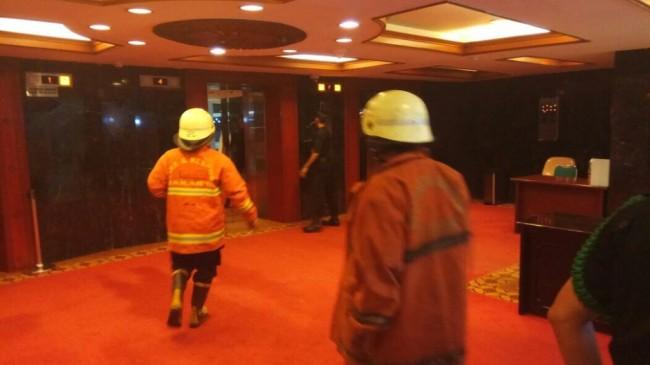 LAMPUNG POST | Gedung Nusantara III DPR RI Terbakar
