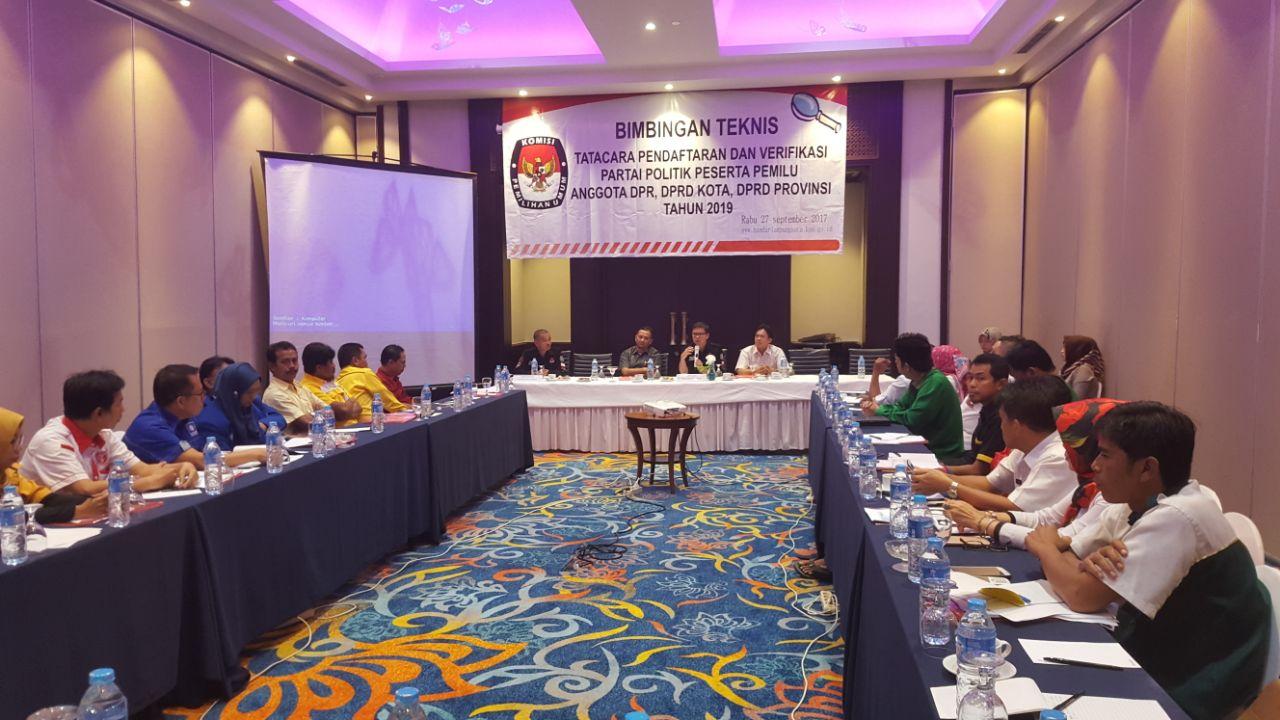 LAMPUNG POST | Delapan Partai Baru Terdaftar di Lampung