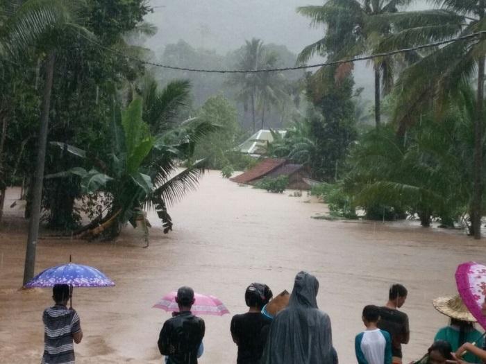 Air Bah Landa Sejumlah Desa