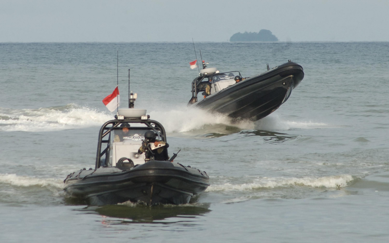 LAMPUNG POST | TNI Gelar Latihan Anti Terorisme di Laut