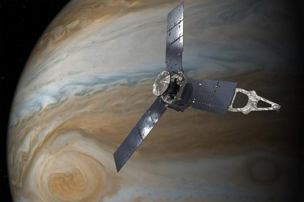 LAMPUNG POST | Pesawat NASA Intip Badai Raksasa di Jupiter
