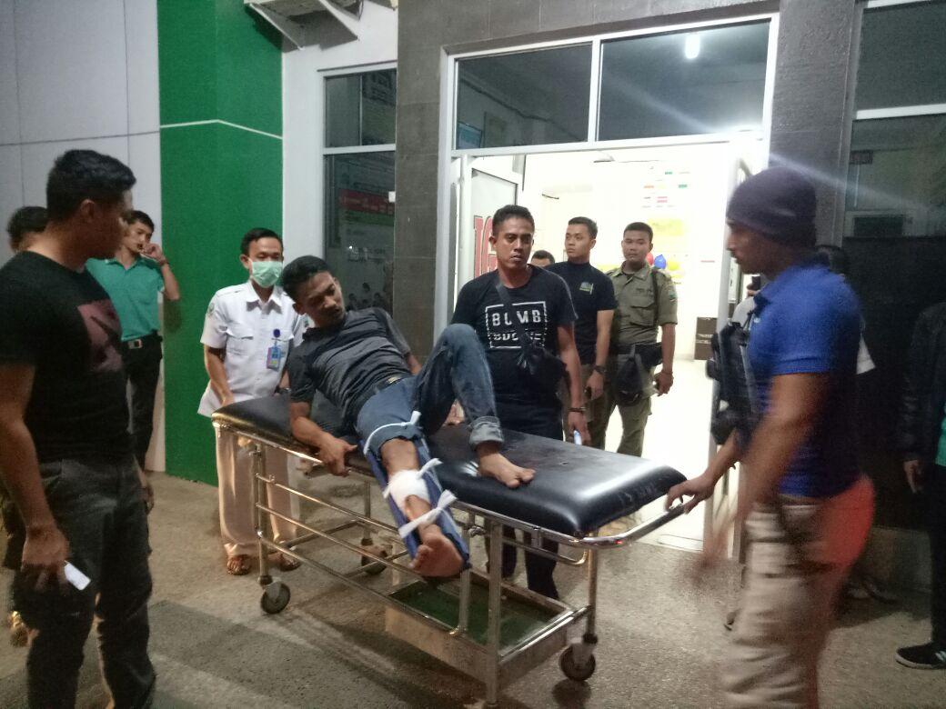 LAMPUNG POST | Dor! Oknum Satpol PP Ditembak Anggota Kepolisian